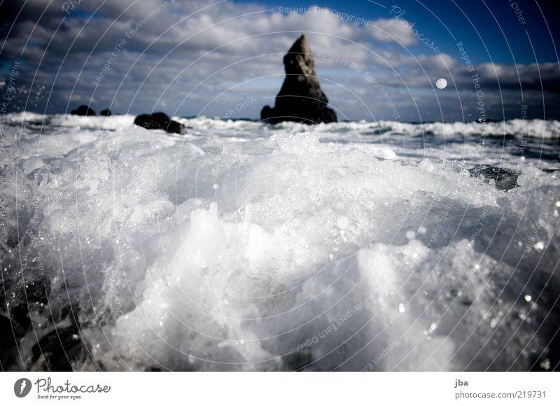 gebrochen Ausflug Freiheit Sommerurlaub Strand Meer Wellen Natur Urelemente Luft Wasser Herbst Schönes Wetter Sturm Küste Bucht Schottland Sehenswürdigkeit