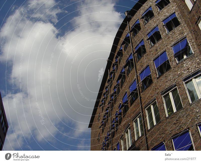 Blue Himmel ruhig Wolken Gebäude Architektur Hamburg