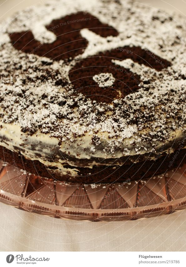 kbit/s Lebensmittel Kuchen Dessert Süßwaren Ernährung Teller lecker süß Appetit & Hunger Torte Geburtstag Geburtstagstorte Farbfoto Innenaufnahme 56 Lebensalter