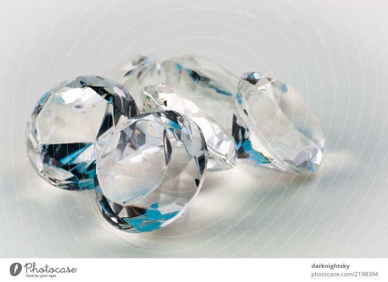 Fünf transparente Diamanten mit blauen Akzenten weiß kalt Glück Business Design retro glänzend elegant Glas Industrie Geld Geldinstitut Schmuck eckig reich