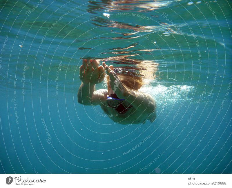 beyond the sea [16] Freiheit Sommer Sommerurlaub Sonne Meer Wellen Sport Fitness Sport-Training Wassersport Sportler tauchen Mensch Mann Erwachsene Haut