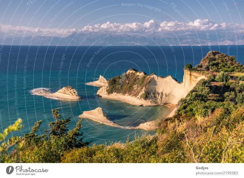 Akra Drastis Natur Landschaft Pflanze Erde Sand Wasser Himmel Wolken Horizont Sommer Wärme Baum Gras Sträucher Wiese Felsen Küste Meer Mittelmeer