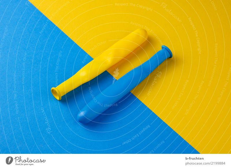 Gelb=Blau Luftballon Kommunizieren Zusammensein Unendlichkeit blau gelb ästhetisch Freiheit Gesellschaft (Soziologie) Zufriedenheit gleich Religion & Glaube