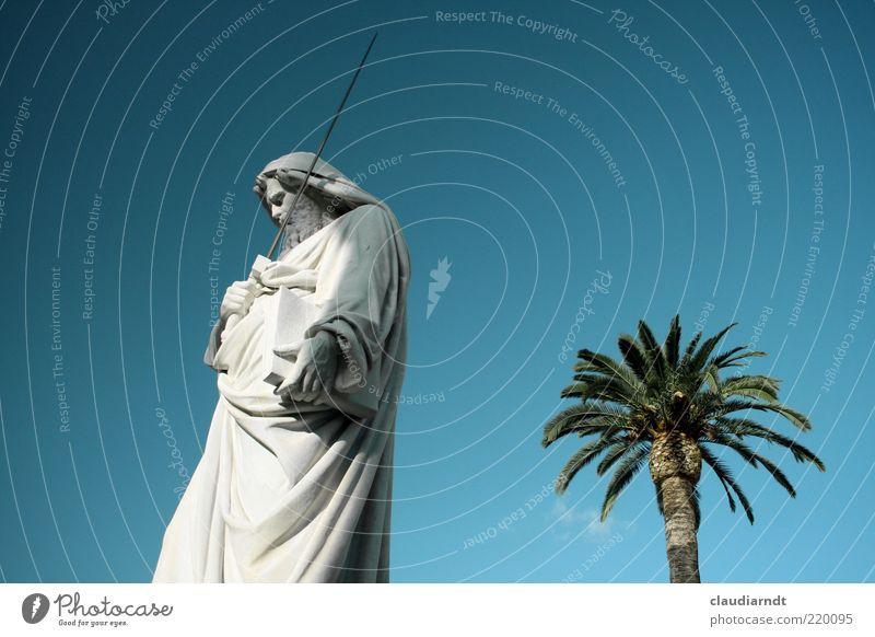 Paulus Kunst Kunstwerk Skulptur Italien Sehenswürdigkeit Denkmal Stein Zeichen festhalten leuchten ästhetisch hell blau weiß Kraft Macht Mut Tatkraft Schutz Rom