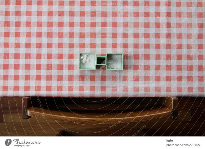 smile Kräuter & Gewürze Dose Dekoration & Verzierung Kitsch Krimskrams Holz Kunststoff Kristalle Freundlichkeit lustig positiv Farbfoto Innenaufnahme