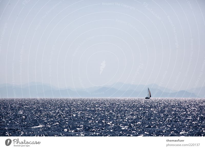 letzte Illusion blau Sonne Ferien & Urlaub & Reisen Meer Sommer Ferne Berge u. Gebirge Freiheit träumen Horizont Wellen Freizeit & Hobby Nebel Abenteuer Insel Tourismus