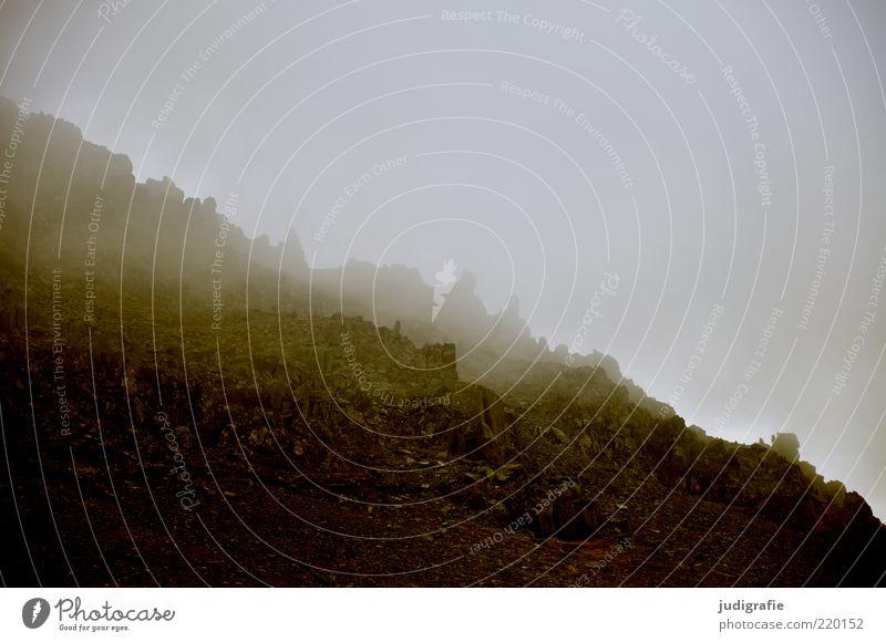 Island Natur Einsamkeit dunkel Berge u. Gebirge Landschaft Umwelt Stimmung Nebel Felsen Klima natürlich wild bedrohlich Hügel fantastisch gruselig