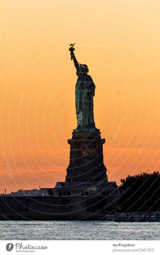 Das NY Klassikerbild 6 Ferien & Urlaub & Reisen Tourismus Ausflug Abenteuer Ferne Freiheit Sightseeing Städtereise Kreuzfahrt Hauptstadt Hafenstadt Architektur