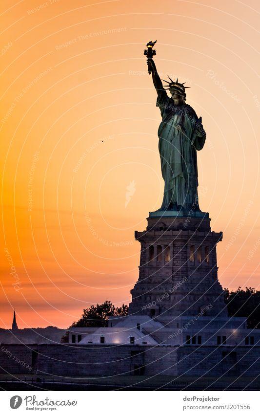 Das NY Klassikerbild 2 Ferien & Urlaub & Reisen Tourismus Ausflug Ferne Freiheit Sightseeing Städtereise Kreuzfahrt Stadt Hauptstadt Hafenstadt Bauwerk
