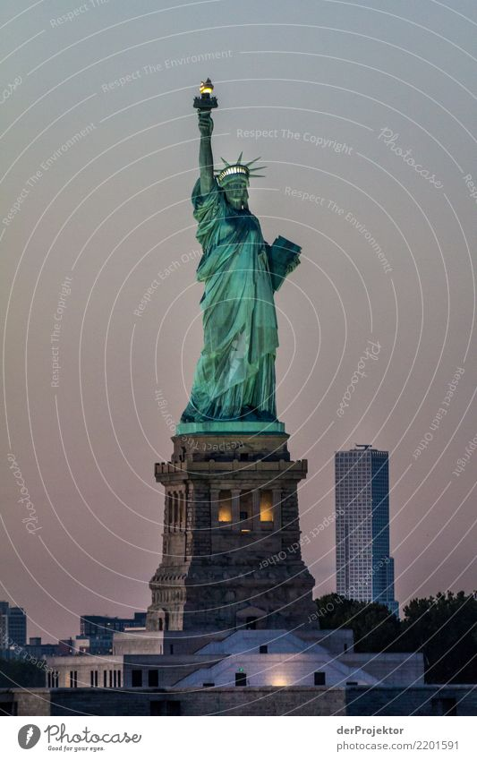 Das NY Klassikerbild 4 Ferien & Urlaub & Reisen Tourismus Ausflug Ferne Freiheit Sightseeing Städtereise Kreuzfahrt Hauptstadt Sehenswürdigkeit Wahrzeichen