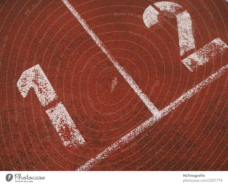 Am Start sportlich Fitness Freizeit & Hobby Sport Leichtathletik Sportler Sportveranstaltung Zeichen Schriftzeichen Linie laufen rot Glück Lebensfreude Kraft