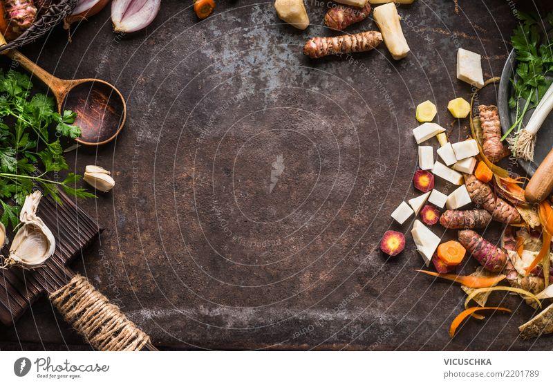 Kochen und Essen Hintergrund mit Kochlöffel und Gemüse Lebensmittel Kräuter & Gewürze Öl Ernährung Bioprodukte Vegetarische Ernährung Diät Geschirr Löffel Stil