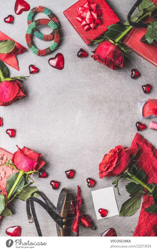 Weibliche Accessoires für Valentinstag Lifestyle kaufen Stil Design Feste & Feiern feminin Blume Rose Mode Bekleidung Unterwäsche Schmuck Schuhe