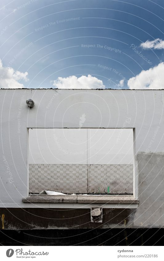 Himmelsdach Himmel ruhig Haus Wand Fenster Mauer Umwelt offen Baustelle einzigartig verfallen Verfall Kreativität schäbig skurril Idee
