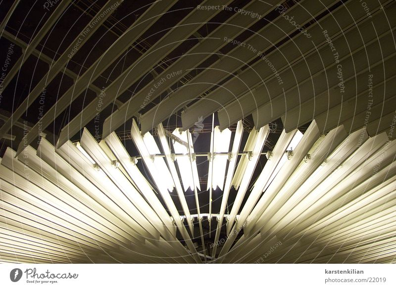 Jalousien und Schein Lampe Beleuchtung Maske Neonlicht Decke Abdeckung