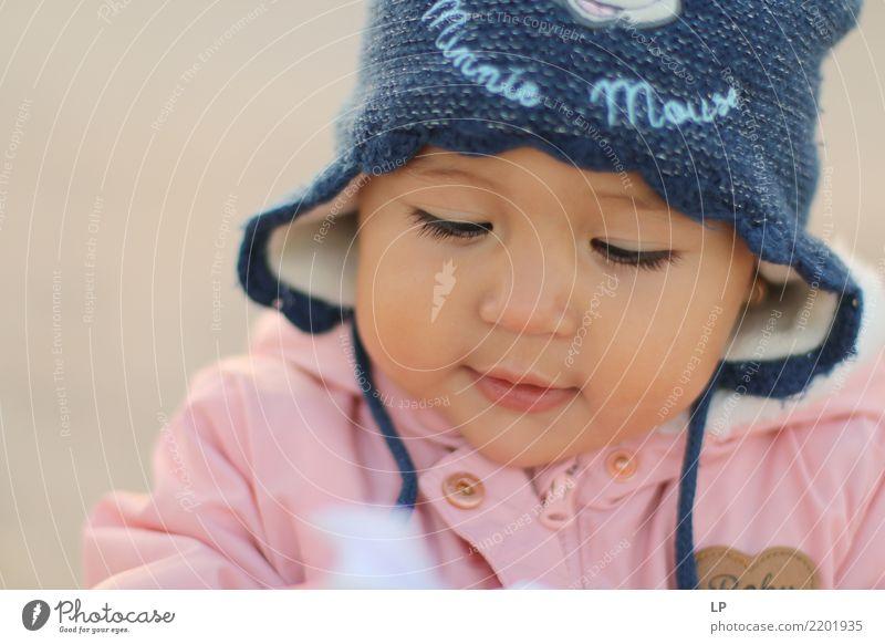 Minnie Maus Kind Mensch Freude Mädchen Erwachsene Leben Lifestyle Senior Gefühle Familie & Verwandtschaft Spielen Schule Freizeit & Hobby Kindheit lernen Baby