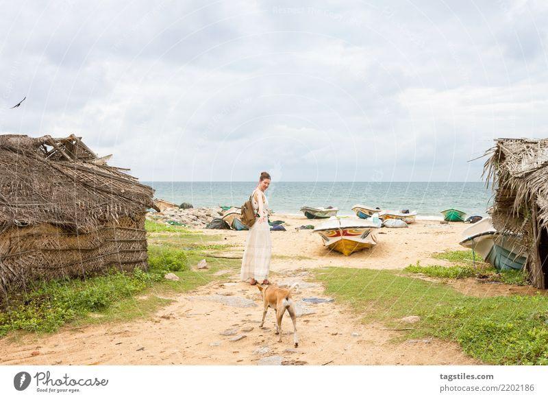 Besuch des alten Fischerdorfes Talawila, Sri Lanka Frau Natur Ferien & Urlaub & Reisen Wasser Landschaft Meer Erholung Strand Küste Tourismus Sand