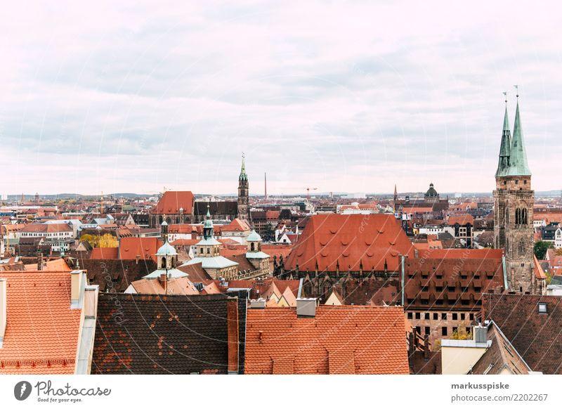 Blick von der Kaiserburg Nürnberg Ferien & Urlaub & Reisen Haus Freude Ferne Reisefotografie Lifestyle Gebäude Tourismus Freiheit Ausflug Horizont Kirche