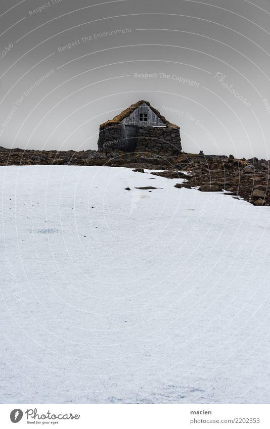 Hüttenzauber Natur Landschaft Himmel Wolken Horizont Frühling schlechtes Wetter Wind Nebel Regen Eis Frost Felsen Menschenleer dunkel kalt braun grau weiß