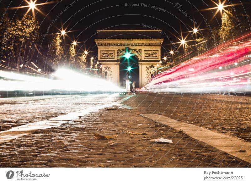 rush Stadt Ferien & Urlaub & Reisen Straße Freiheit PKW braun Straßenverkehr elegant gold Geschwindigkeit fahren Paris Denkmal historisch Verkehrswege