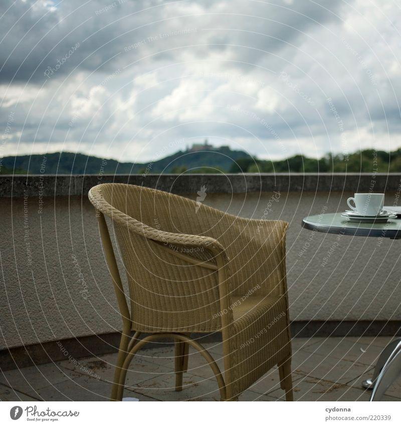 Kaffee mit Wartburgblick Natur ruhig Wolken Ferne Wald Leben Erholung Berge u. Gebirge Landschaft Umwelt Zeit Tisch Lifestyle Aussicht Stuhl