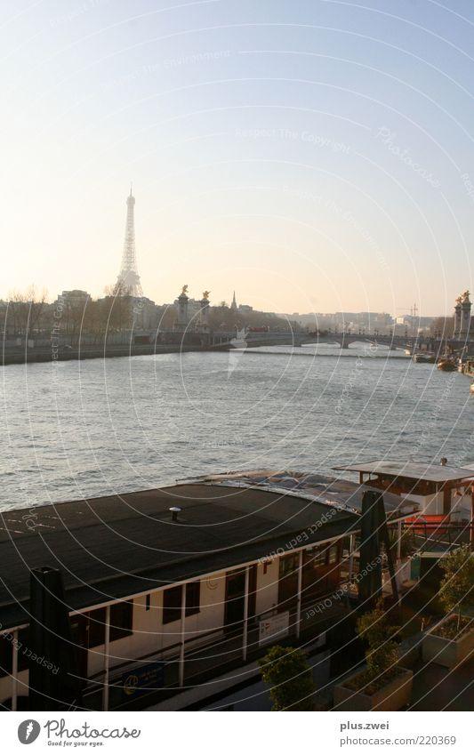 la tour eiffel Paris Frankreich Europa Hauptstadt Stadtzentrum Turm Bauwerk Architektur Sehenswürdigkeit Wahrzeichen Tour d'Eiffel Hausboot ästhetisch