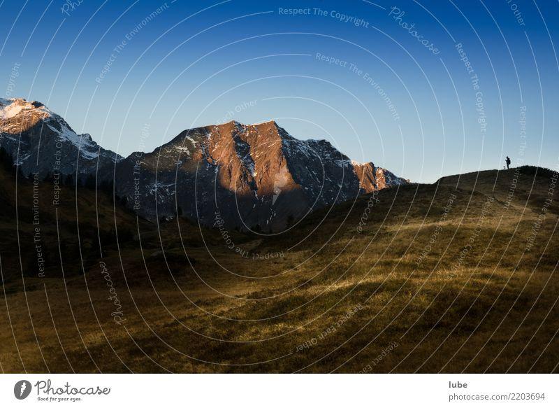Der Landschaftsfotograf Umwelt Natur Himmel Wolkenloser Himmel Herbst Klima Klimawandel Wetter Schönes Wetter Hügel Felsen Alpen Berge u. Gebirge Gipfel