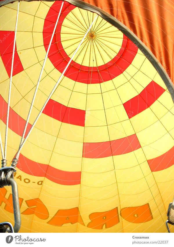 Luftfee von und zu_0202 Himmel Seil Perspektive Luftverkehr Falte Ballone Hülle Gasbrenner Ballonfahrt