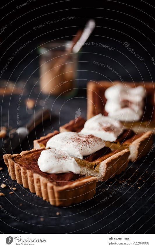 Kürbiskuchen - Pumpkin Pie Gesunde Ernährung dunkel Speise Foodfotografie Essen Herbst Lebensmittel genießen Kräuter & Gewürze lecker Jahreszeiten Kuchen