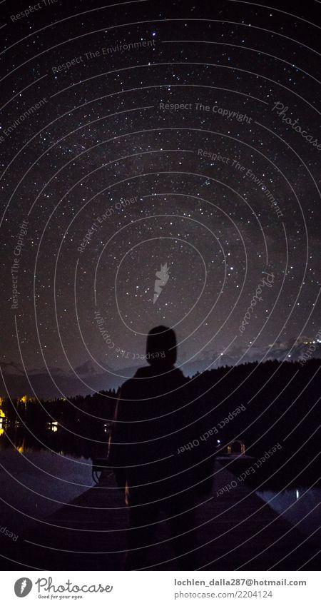 Sterne beobachten Umwelt Natur Landschaft Wasser Himmel Nachthimmel Herbst selbstbewußt Optimismus Erfolg Macht Mut Leidenschaft Akzeptanz Geborgenheit Farbfoto