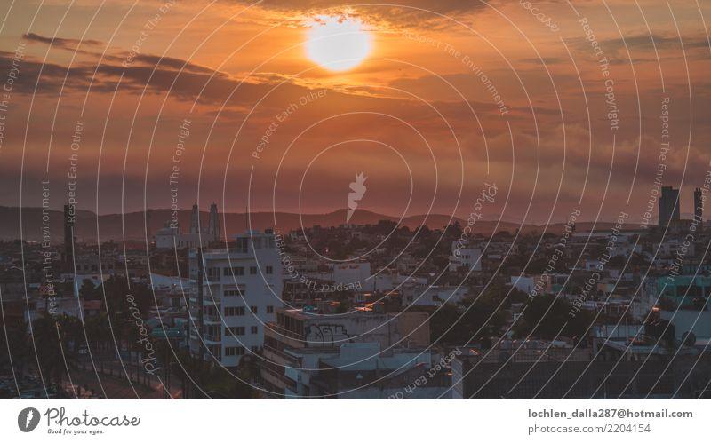 Sonnenaufgang über Mazataln Ferien & Urlaub & Reisen Tourismus Ausflug Abenteuer Ferne Freiheit Sightseeing Städtereise Sommer Sommerurlaub Farbfoto mehrfarbig