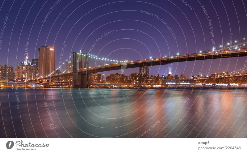 BRKLYN BRDG Kunst Architektur New York City Brooklyn Bridge Stadt Hauptstadt Stadtrand Skyline Menschenleer Hochhaus Brücke Sehenswürdigkeit Wahrzeichen Gefühle