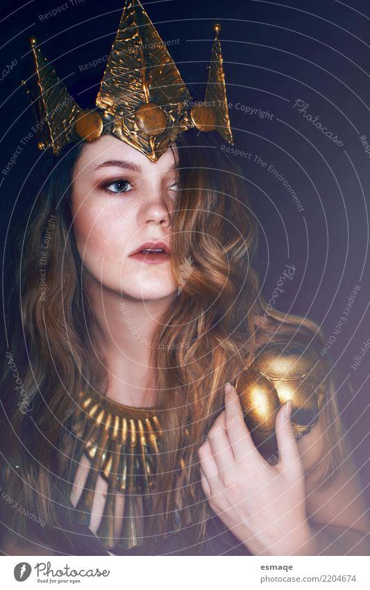 Prinzessin Fantasy Porträt Mensch Jugendliche Junge Frau schön dunkel feminin elegant fantastisch niedlich historisch Coolness Karneval Schmuck Halloween