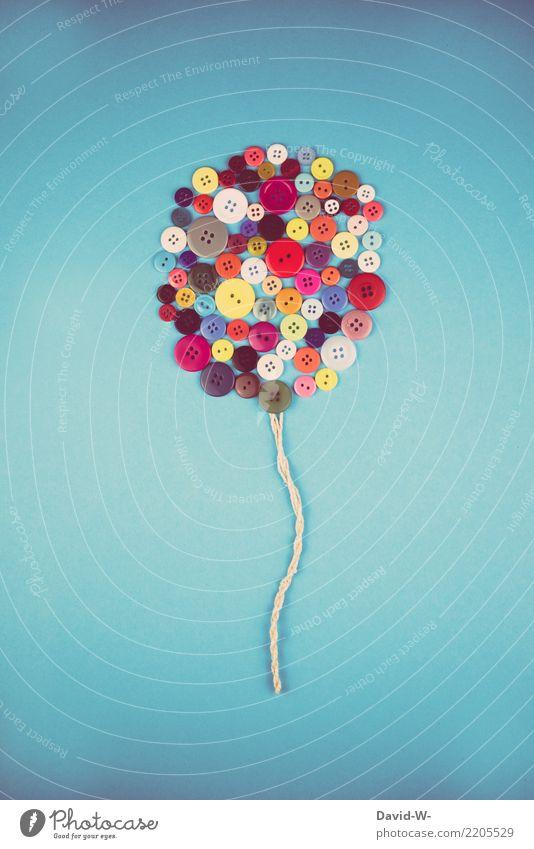 selbstgebastelter Ballon Luftballon kreativität Kunst basteln Kindheit bunt Farbenfroh Knöpfe Basteln