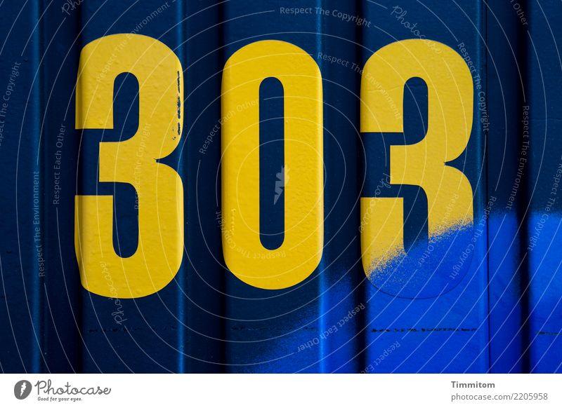 303 gelb auf blau plus extra blau. Farbstoff Linie Ordnung Ziffern & Zahlen Beschriftung 300 besprüht Bauwagen