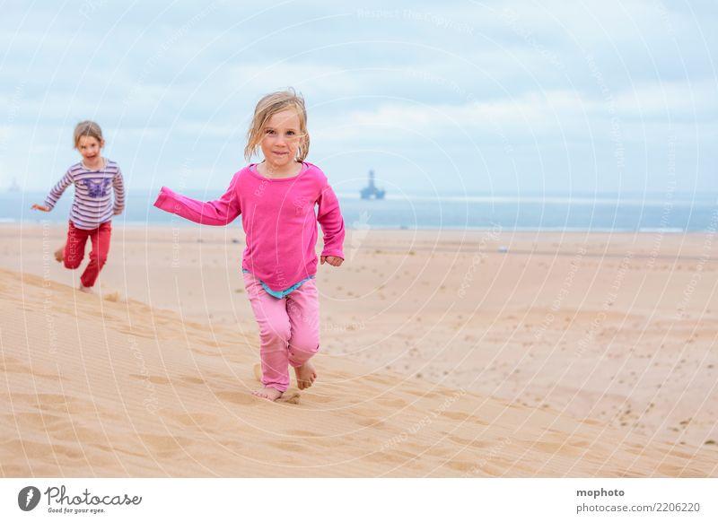 Sandbox Desert #1 Kind Mensch Natur Ferien & Urlaub & Reisen Sommer Meer Freude Mädchen Ferne Strand Lifestyle feminin Spielen Tourismus Kindheit