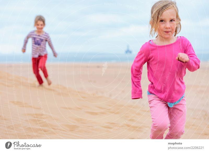 Sandbox Desert #2 Kind Mensch Natur Ferien & Urlaub & Reisen Sommer Landschaft Freude Mädchen Lifestyle feminin Glück Spielen Kindheit Fröhlichkeit Abenteuer