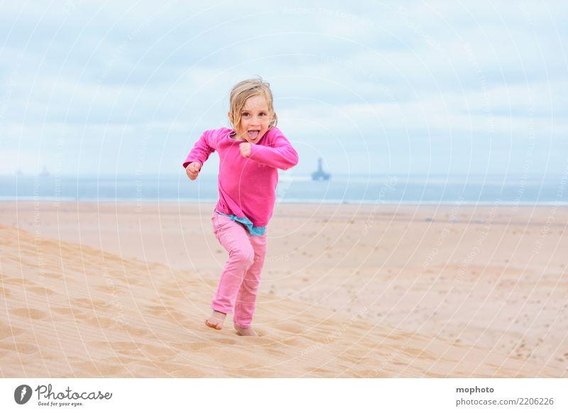 Sandbox Desert #5 Lifestyle Spielen Kinderspiel Ferien & Urlaub & Reisen Ferne Safari Sommer Sonne Strand Kindererziehung Kindergarten Kleinkind Mädchen