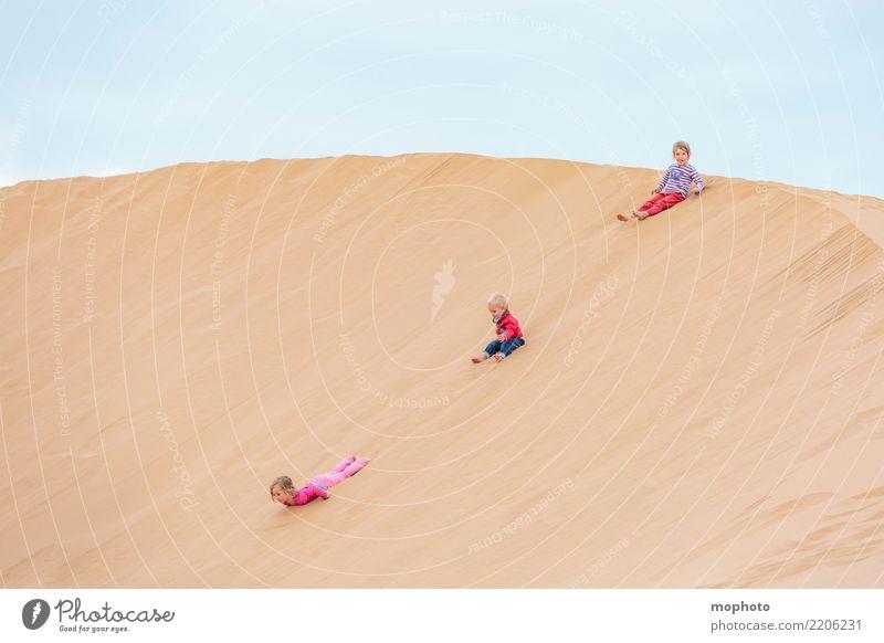 Sandbox Desert #3 Kind Mensch Natur Ferien & Urlaub & Reisen Sommer Landschaft Mädchen Strand feminin Familie & Verwandtschaft Junge Glück Spielen