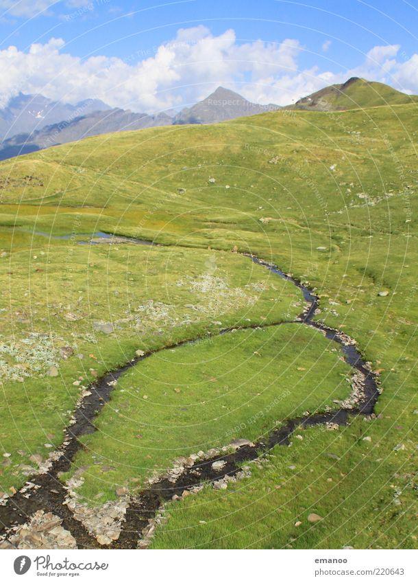 Die Insel im Fluss Natur Wasser Himmel grün Sommer Wolken Ferne Wiese Berge u. Gebirge Bewegung Freiheit Stein Landschaft Horizont Alpen