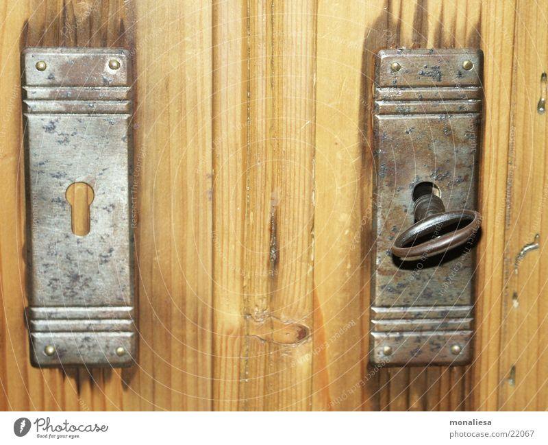 Gegensätze Türschloss Schlüssel Gegenteil Holz Häusliches Leben Burg oder Schloss Rost Maserung Holzwurm Bauernschrank
