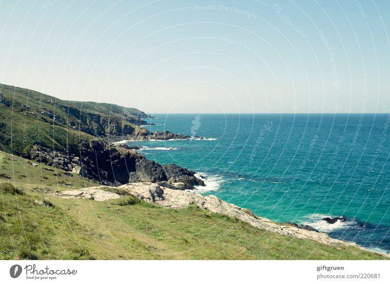 cornish coastal pathway Umwelt Natur Landschaft Pflanze Urelemente Erde Wasser Himmel Wolkenloser Himmel Klima Schönes Wetter Wiese Hügel Felsen Wellen Küste