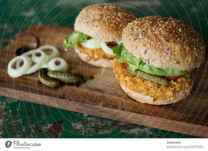 Mittagszeit Lebensmittel Teigwaren Backwaren Brötchen Ernährung Bioprodukte Vegetarische Ernährung Hamburger Vegane Ernährung Zwiebel Zwiebelringe Gewürzgurke