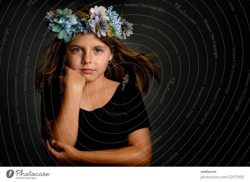 Kind Mensch schön ruhig Freude Mädchen Lifestyle Liebe Gefühle feminin Stil klein Glück Freiheit elegant Kindheit