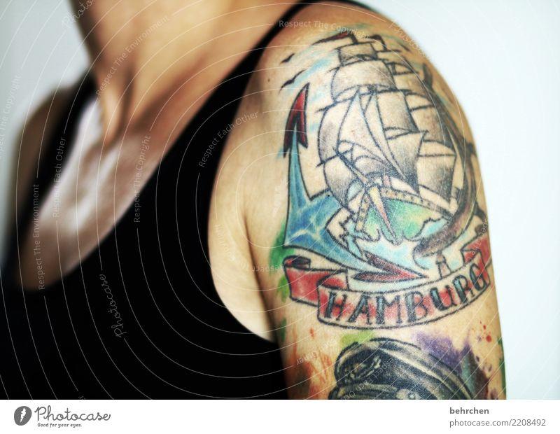 passion Frau Erwachsene Körper Haut Brust Arme Schulter Hals 1 Mensch 30-45 Jahre außergewöhnlich schön mehrfarbig Leidenschaft Liebe tätowiert Tattoo Hamburg