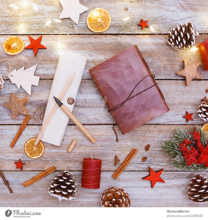 Tisch Mit Weihnachts Dekoration Und Essen In