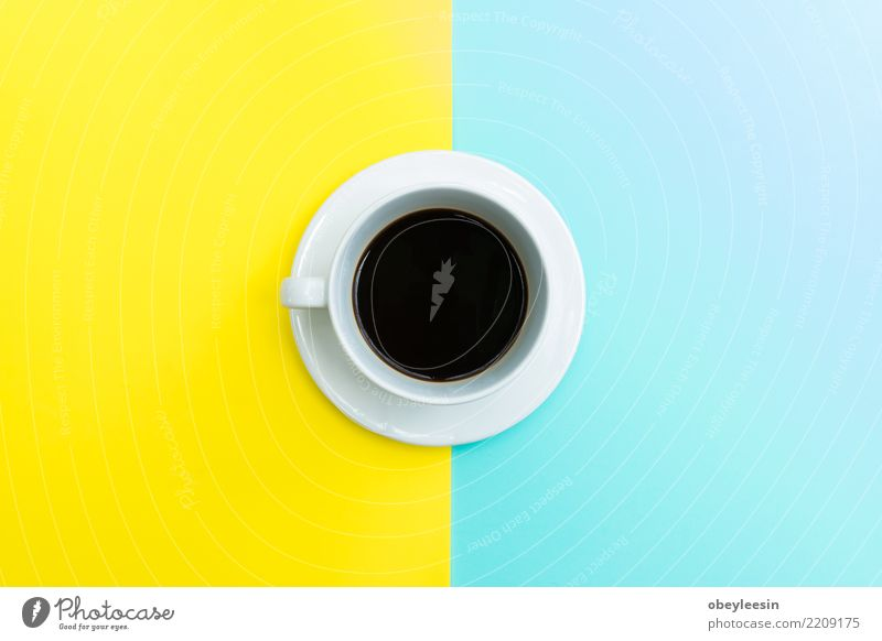 Tasse Kaffee für Morgen, Draufsicht Frühstück Getränk Espresso Löffel kaufen Leben Tisch Stoff Holz alt dunkel heiß natürlich braun schwarz aromatisch