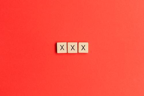 XXX Freizeit & Hobby Spielen Brettspiel Zeichen Schriftzeichen Erotik Liebe Romantik Begierde Lust Sex Identität Liebesaffäre Sexualität Jugendschutzgesetz
