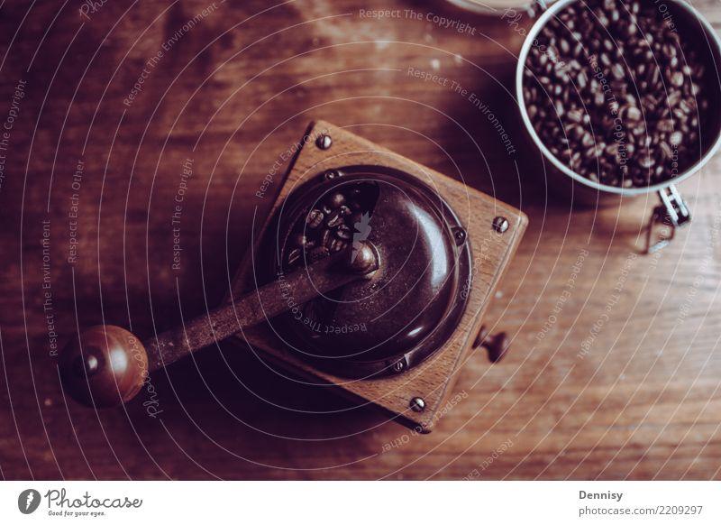 Morning routine Getränk Kaffee Latte Macchiato Espresso einfach heiß einzigartig retro Freude Zufriedenheit Gelassenheit beweglich Leben Kaffeemühle Bohnen