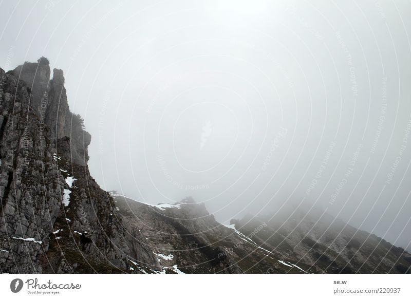 Weg nach Mordor '3 Urelemente Wolken Sommer Herbst schlechtes Wetter Felsen Alpen Berge u. Gebirge Wörner Kalkalpen Karwendelgebirge dunkel eckig grau achtsam